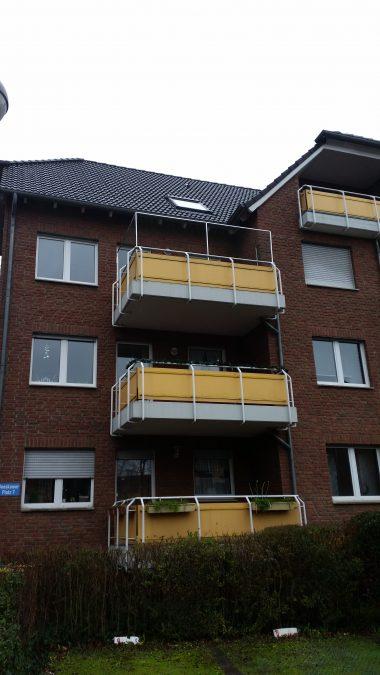 Balkon_mi_Katzennetz