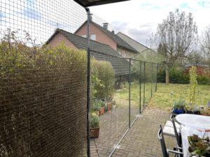 Katzennetz-System zur Gartensicherung